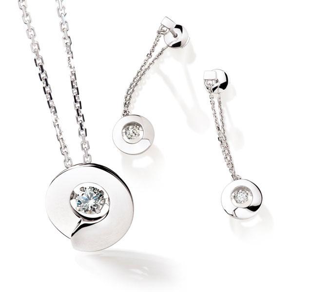 Garel-Tollet-collier-boucle-oreille-dancing-stone